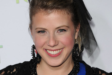 """Jodie Sweetin Premiere Of Relativity Media's """"Take Me Home Tonight"""" - Arrivals"""