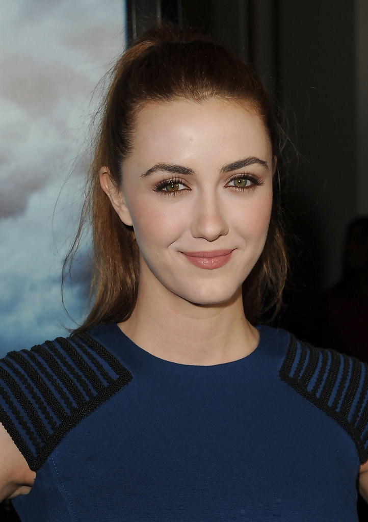 Madeline Zima Photos Photos Premiere Of Rogue Pictures