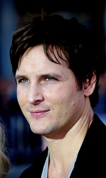 "Actor Peter Facinelli attends the ""Letters to  Juliet"" film premiere at Grauman's Chinese Theatre on May 11, 2010  in Hollywood, California."