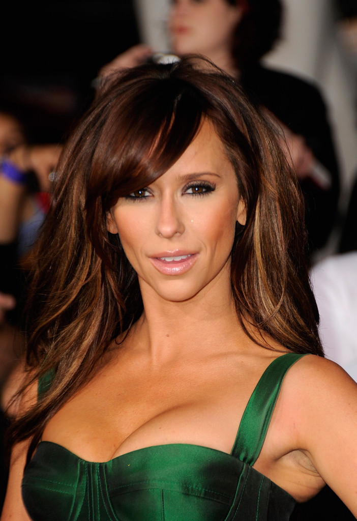 Jennifer Love Hewitt Photos Photos - The Premiere of ...