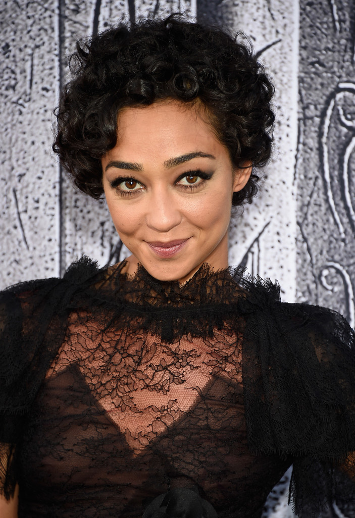 Ruth Negga Is Met Best Dressed 2017 Lainey: Premiere Of Universal Pictures