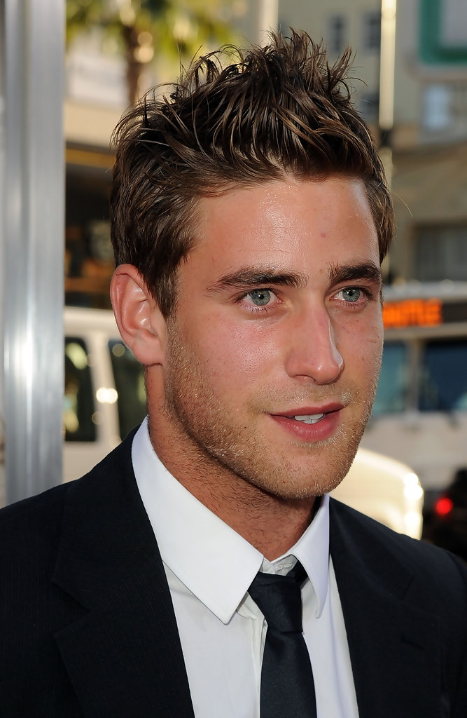 Oliver Jackson Cohen Photos Photos Premiere Of Warner