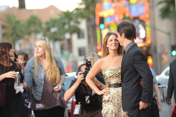 """Drew Barrymore Justin Long Premiere Of Warner Bros. """"Going The Distance"""" - Arrivals"""