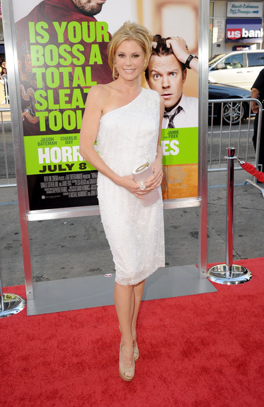"Actress Julie Bowen arrives at the premiere of Warner Bros. Pictures' ""Horrible Bosses"" at Grauman's Chinese Theatre on June 30, 2011 in Hollywood, California."