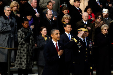 Michael Linnington President Obama Attends Wreath Laying Ceremony At The Tomb Of The Unknowns