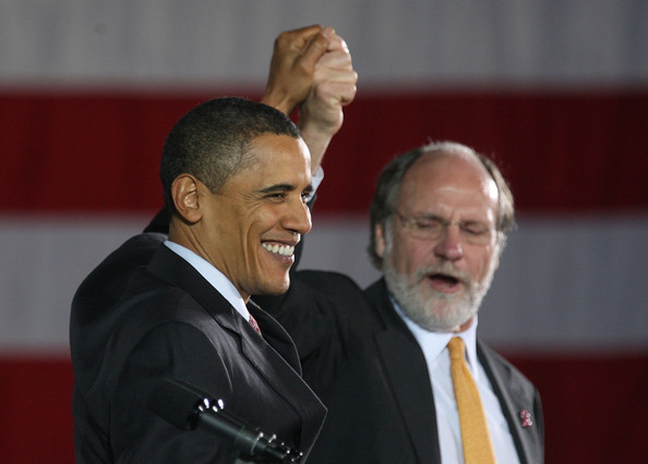 Jon Corzine U.S. President Barack Obama (L) and New Jersery Governor Jon Corzine look on at a campaign rally at Fairleigh Dickinson University's Hackensack campus October 21, 2009 in Hackensack, New Jersey. Obama is supporting Corzine in his effort to win a second term as governor in elections later this fall.