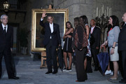 U.S. President Barack Obama (C), first lady Michelle Obama and their daughters Malia, 17, and Sasha, 14, stop to look at a painting of Abraham Lincoln in the Museum of the City of Havana during a walking tour of the historic Old Havana guided by city historian Eusebio Leal (L) March 20, 2016 in Havana, Cuba. Obama is the first sitting president to visit Cuba in nearly 90 years.