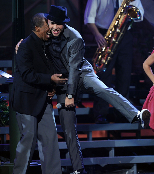 Prince Royce Photo - The 11th Annual Latin GRAMMY Awards - Show