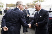 Prince Charles, Prince of Wales is greeted by Secretary of State for Environment, Michael Gove during a Waste-To-Wealth Summit at Southwark Integrated Waste Management Facility on November 22, 2018 in London, England.The Prince of Wales, President and Royal Founding Patron of Business in the Community (BITC.), will attend BITC's Waste-to-Wealth Summit. BITC is convening the Waste-to-Wealth Summit at which 200 leaders from business, government, academia and civil society will come together to tackle one of the challenges of our time; to commit to work collectively to create new solutions that will increase resource productivity and reduce avoidable waste.