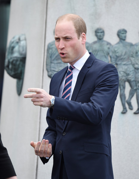 http://www1.pictures.zimbio.com/gi/Prince+William+Prince+William+Attends+Lunch+NJTwbMLhDBUl.jpg