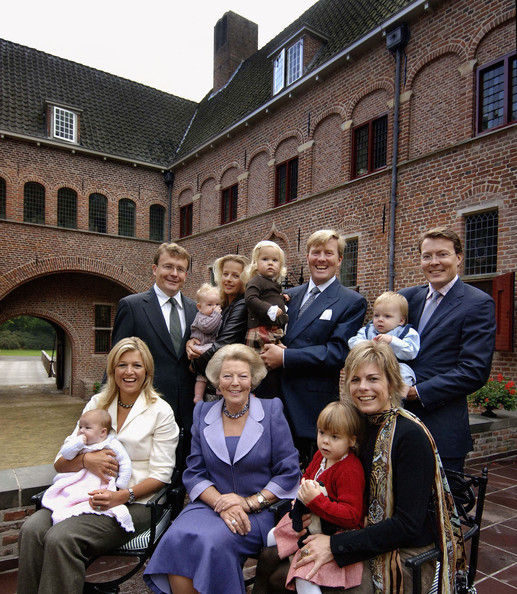(FILE) Dutch Prince Friso Dies at Age 44 [prince,dutch,family,alexia,friso dies,friso,beatrix,file photo,file,maxima,social group,people,community,youth,event,student,team,tourism,architecture,house]