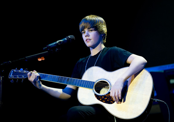 Justin Bieber performs onstage at the Q102 Jingle Ball at the Susquehanna Bank Center on December 9, 2009 in Camden, New Jersey.