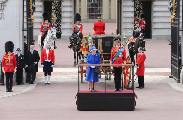 Trooping the Colour 2013. Queen+Elizabeth+II+Birthday+Parade+Trooping+Top7W6Y564fl