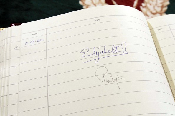 Queen Elizabeth II Queen Elizabeth II's signature in the visitors book at Aras An Uachtarain on May 17, 2011 in Dublin,Ireland. The Queen's visit, accompanied by The Duke of Edinburgh, is the first by a monarch since 1911. An unprecedented security operation is taking place with much of the centre of Dublin turning into a car free zone. Republican dissident groups have made it clear they are intent on disrupting proceedings.