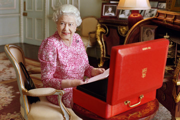 Queen Elizabeth II New Image of the Queen by Mary McCartney Released