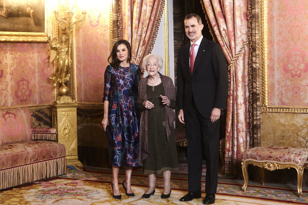 Spanish Royals Host A Lunch For Literature World Members