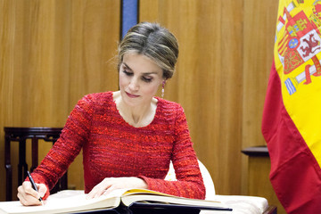 Queen Letizia of Spain Pope Francis I Addresses UN Food Summit