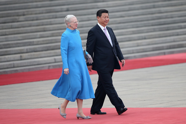 Queen Margrethe II of Denmark (L) and Chinese President Xi Jinping (R) attend a welcome ceremony outside the Great Hall of the People on April 24, 2014 in Beijing, China. Queen Margrethe II and Prince Henrik of Denmark are on a vist to China from April 24 to 28.