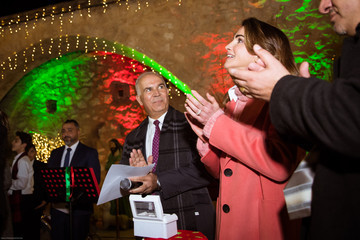 Queen Rania Queen Rania Lights Up The Christmas Tree In Fuheis