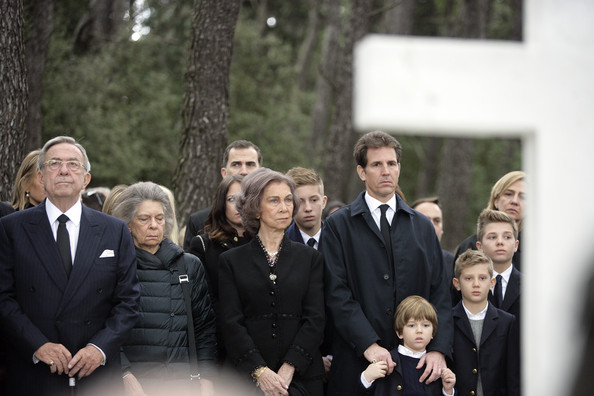 Commemorative Mass Held for King Paul I [paul i,sofia,royal families attend commemorative mass,constantine ii,pavlos crown prince of greece,princess,children,orthodox mass,people,social group,event,suit,ceremony,formal wear,family,tuxedo,gesture,greece,spanish]