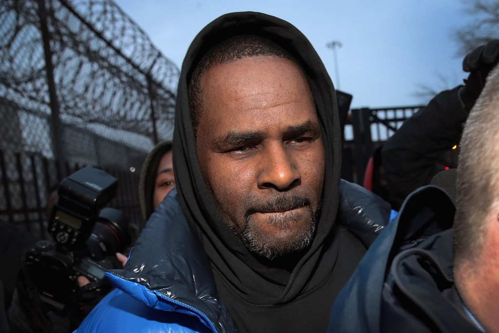 R. Kelly Cries, Vehemently Denies Abuse Allegations In New Interview