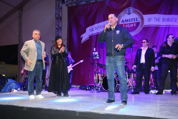 Rachael Ray Amstel Light Burger Bash Presented By Schweid & Sons Hosted By Rachael Ray - 2015 Food Network & Cooking Channel South Beach Wine & Food Festival