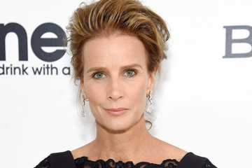 Rachel Griffiths 25th Annual Elton John AIDS Foundation's Oscar Viewing Party - Red Carpet