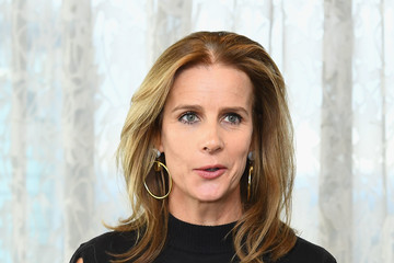 Rachel Griffiths Rachel Griffiths Bares All for 'No Robe' Campaign