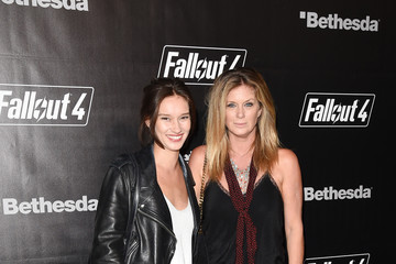 Rachel Hunter 'Fallout 4' Video Game Launch Event - Los Angeles, CA
