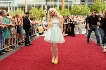 RaeLynn 2014 CMT Music Awards - Red Carpet