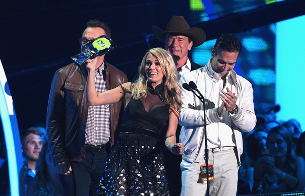 2015 CMT Music Awards - Show