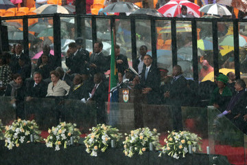 Raul Castro Memorial Service Held for Nelson Mandela