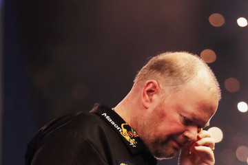 Raymond Van Barneveld 2017 William Hill PDC World Darts Championships - Day Fourteen