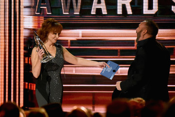 Reba The 51st Annual CMA Awards - Show