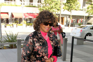 Rebbie Jackson Rebbie Jackson Arrives at the LA Superior Courthouse