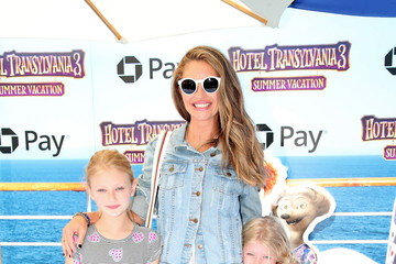 Rebecca Gayheart Columbia Pictures And Sony Pictures Animation's World Premiere Of 'Hotel Transylvania 3: Summer Vacation' - Arrivals