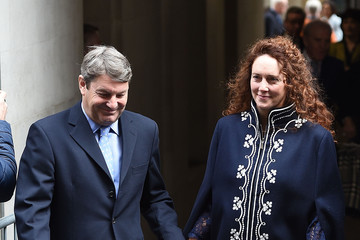 Rebekah Brooks Jerry Hall Marries Media Mogul Rupert At St Brides Church