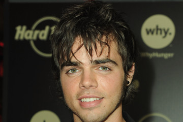 "Reid Ewing Hard Rock Hosts ""Imagine There's No Hunger: Celebrating The Songs Of John Lennon"""