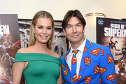 """Rebecca Romijn and Jerry O'Connell attend the """"Reign Of The Supermen"""" New York Premiere at The Directors Guild of America Theater on January 28, 2019 in New York City."""