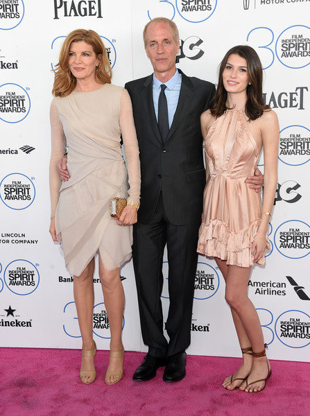 Photo of Rene Russo & her Daughter  Rose Gilroy
