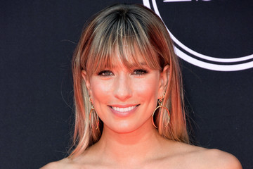 Renee Bargh The 2017 ESPYS - Arrivals