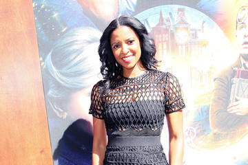 Renee Elise Goldsberry Premiere Of Universal Pictures' 'The House With A Clock In Its Walls' - Arrivals