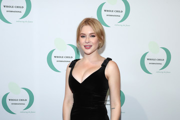 Renee Olstead Whole Child International's Inaugural Gala In Los Angeles Hosted By The Earl And Countess Spencer - Red Carpet