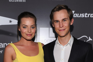 Rhys Wakefield Margot Robbie Pictures, Photos & Images ...