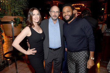 Richard Schiff Sheila Kelley Entertainment Weekly & People New York Upfronts Party 2018 - Inside