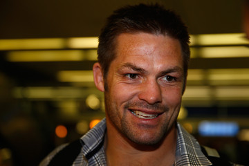 Richie Mccaw New Zealand All Blacks Arrive in Chicago