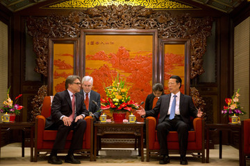 Rick Perry US Energy Secretary Rick Perry Calls for Sino - US Cooperation on Clean Energy During a Ministerial-Level Clean Energy Meeting
