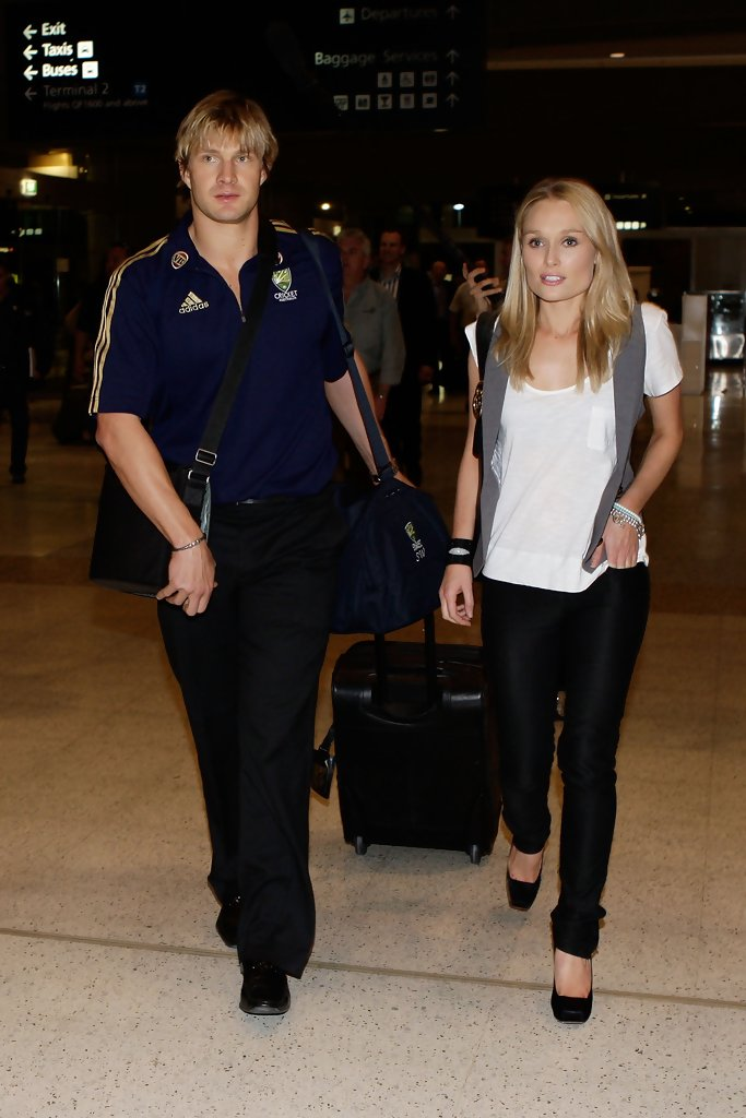 Shane Watson and Lee Furlong Photos Photos - Ricky Ponting ...
