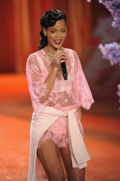 Rihanna Photos 2012 Victoria 39 S Secret Fashion Show