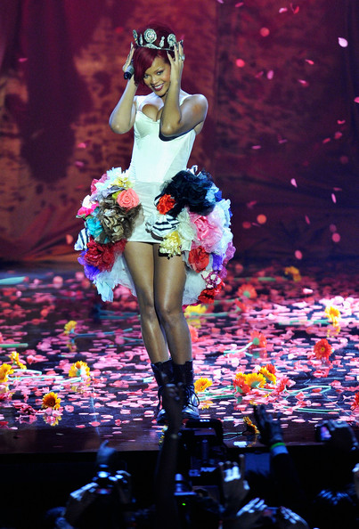 Rihanna Rihanna performs during the MTV Europe Music Awards 2010 live show at La Caja Magica on November 7, 2010 in Madrid, Spain.